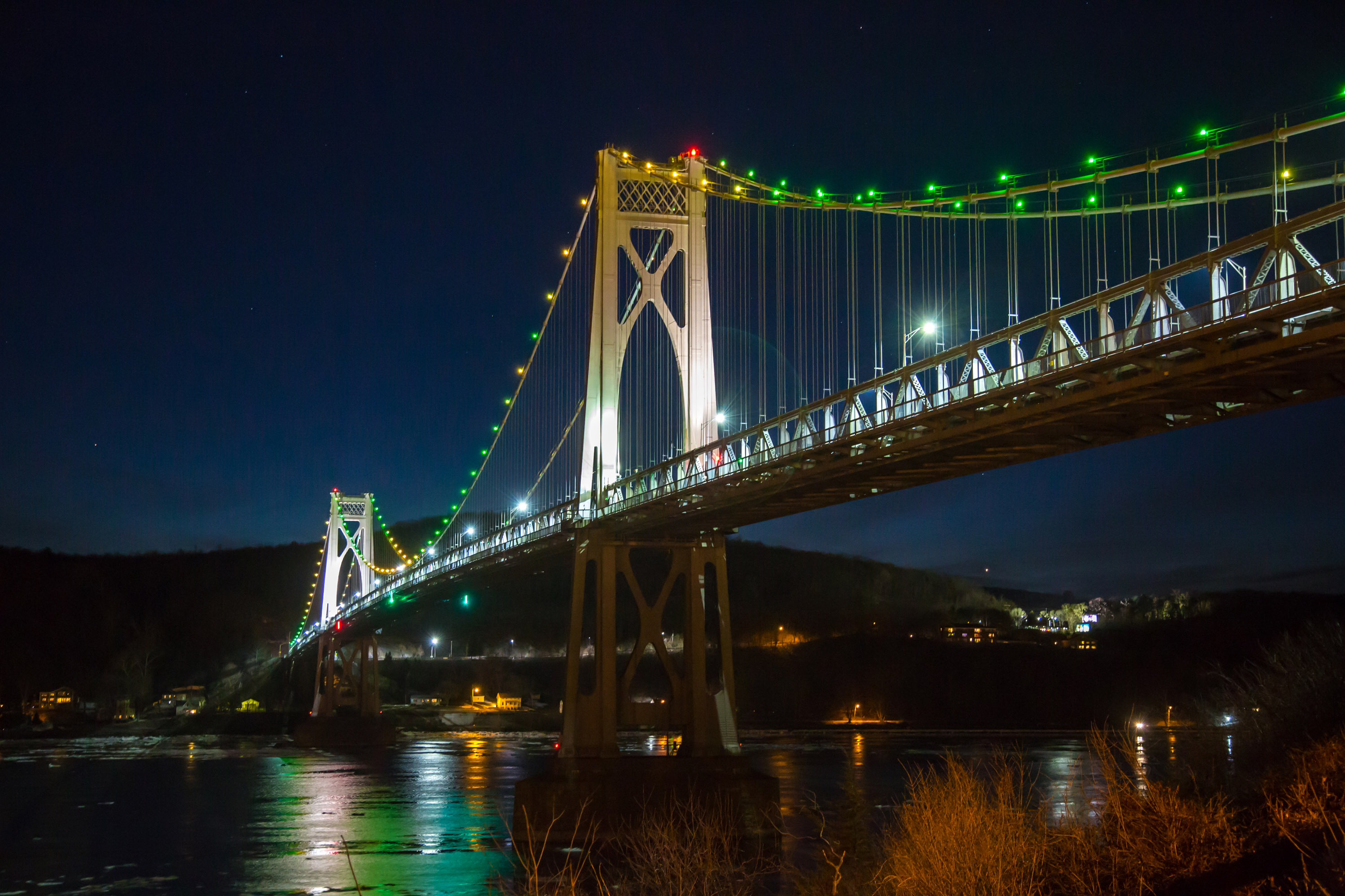 The Mid-Hudson Bridge spans the Hudson River to Poughkeepsie, New York, where IBM has just opened the IBM Quantum Computation Center.