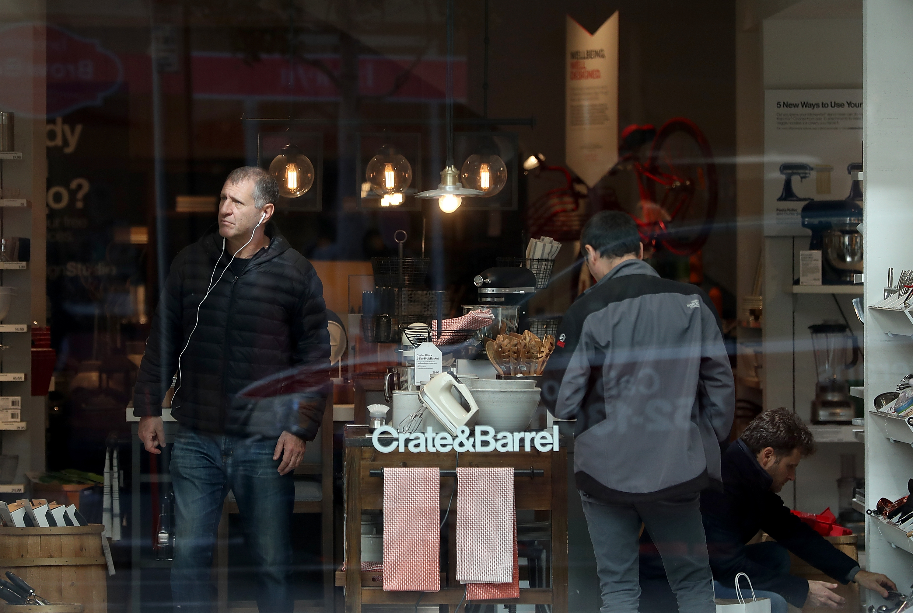 SAN FRANCISCO, CA - FEBRUARY 27: Customers shop inside of a Crate and Barrel store on February 27, 2018 in San Francisco, California. The U.S. consumer confidence index surged to 130.80 in February, its highest level since November 2000.