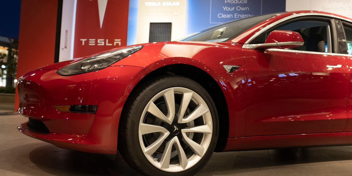 How Tesla Made More Profit From Less Revenue