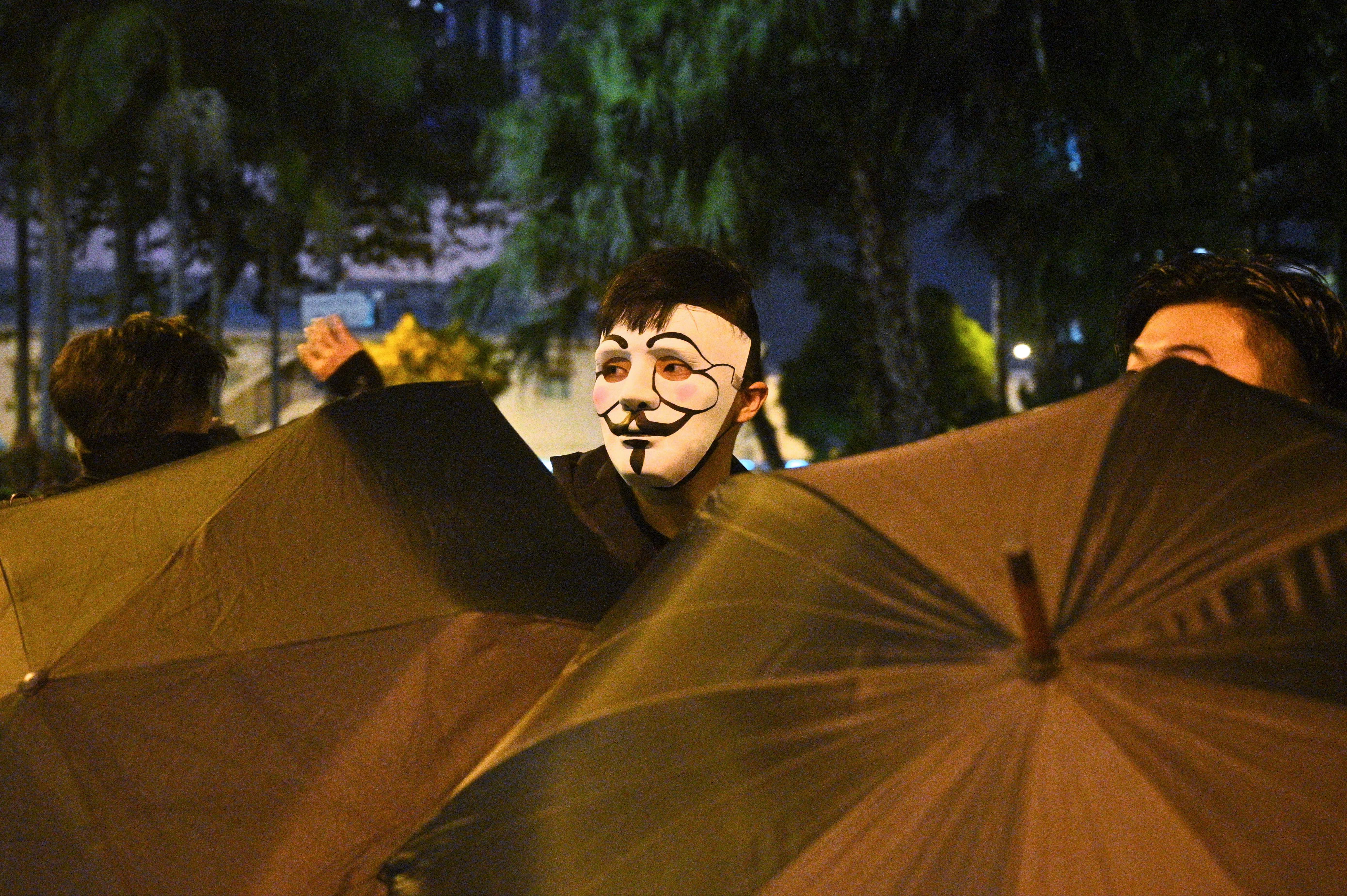 Hong Kong S Mask Ban Pits Anonymity Against The Surveillance State