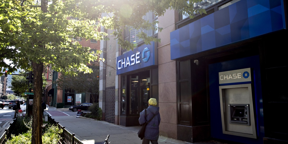 Why JPMorgan Chase Wants to Give More Former Criminals a Second Chance