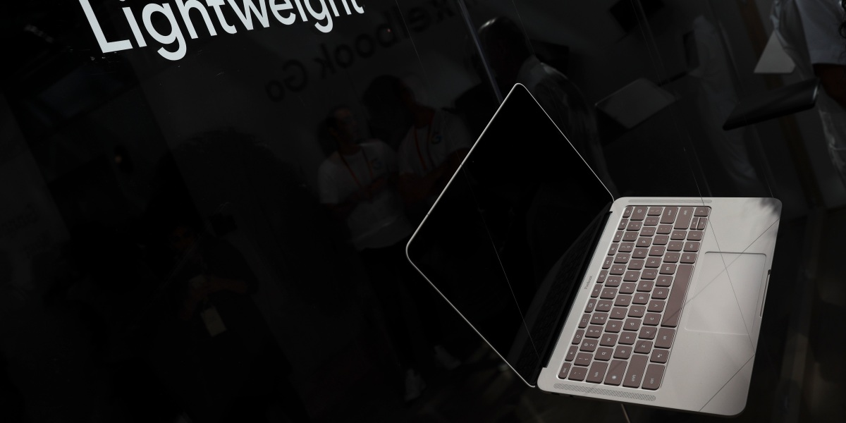 Here's What You Need to Know About Google's New Pixelbook Go Chromebook