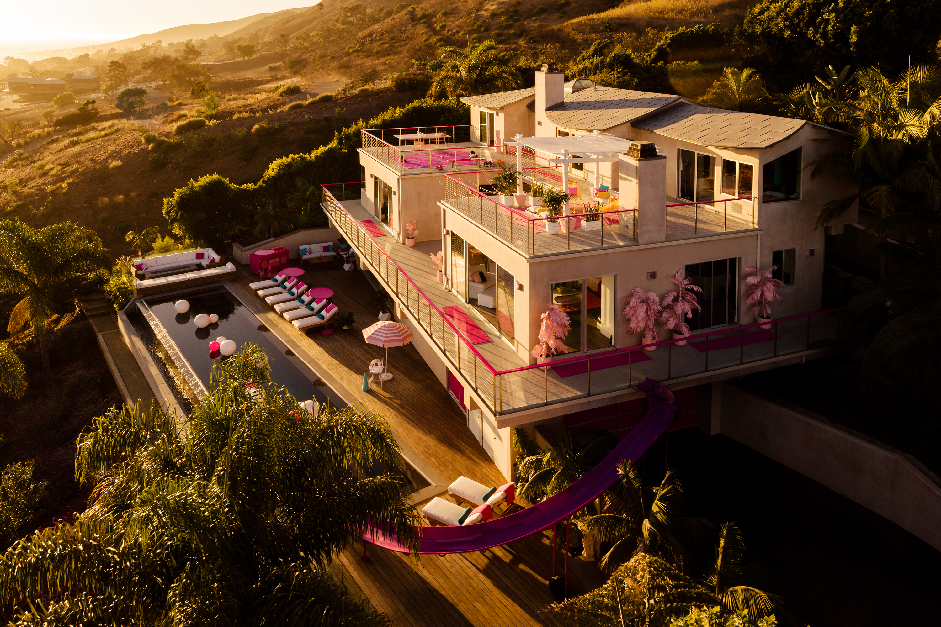 Barbie's Malibu Dreamhouse Is Now on Airbnb for Only $60 a ... on
