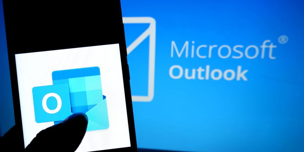 Microsoft's Outlook.com Is Adding Gmail, Google Drive, and Calendar Integration