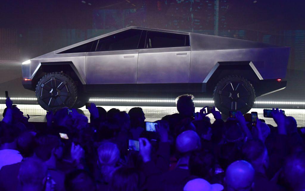 Tesla S Cybertruck Unveiling Reveals Range Towing Capacity