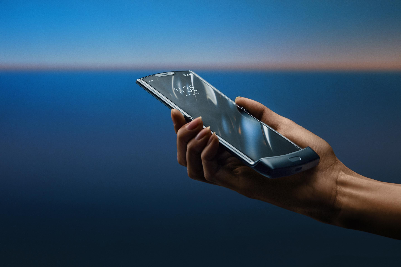 Best Motorola Phone 2020.Motorola Razr Foldable Phone Price Order Date Release