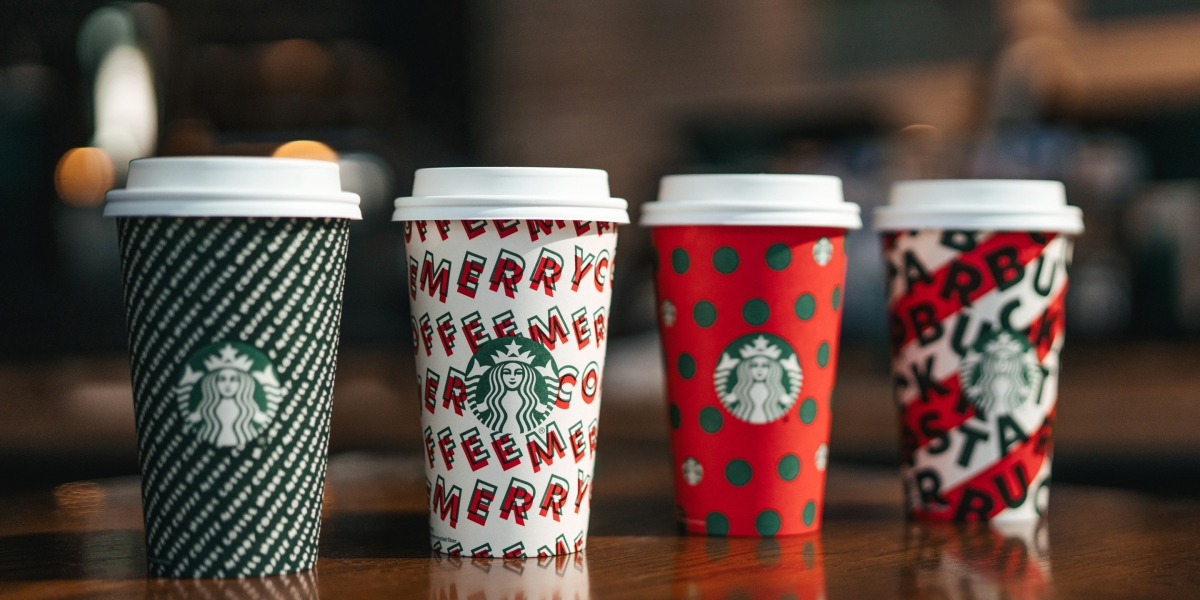 Buy a Starbucks Holiday Cup, Get Priority Boarding on Alaska Airlines