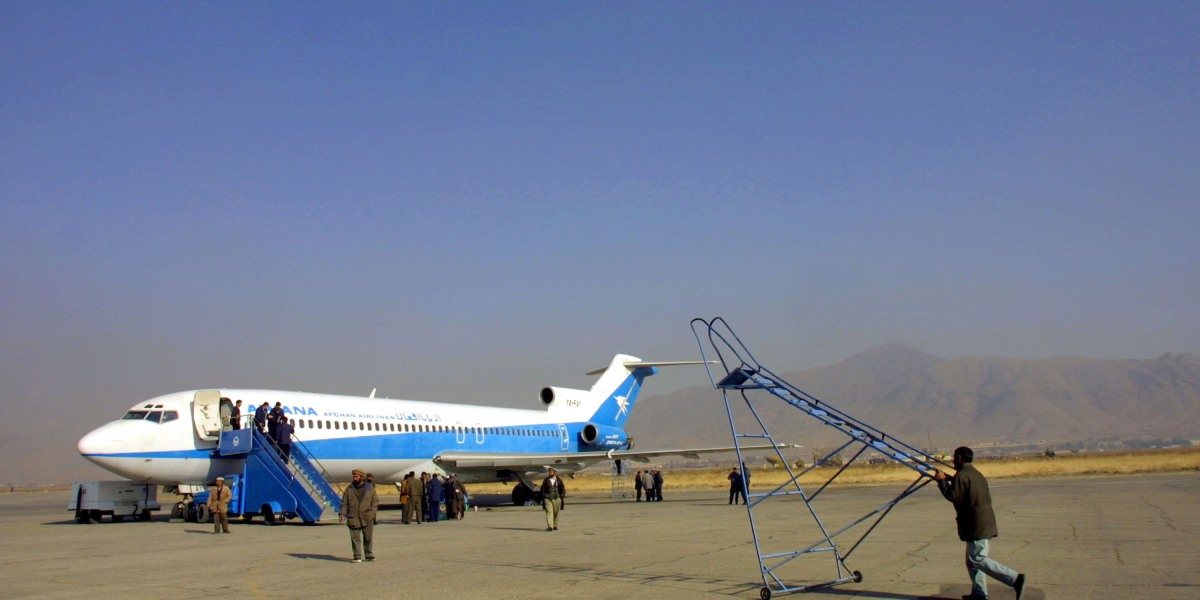 Plane crashes in Taliban-held area in Afghanistan