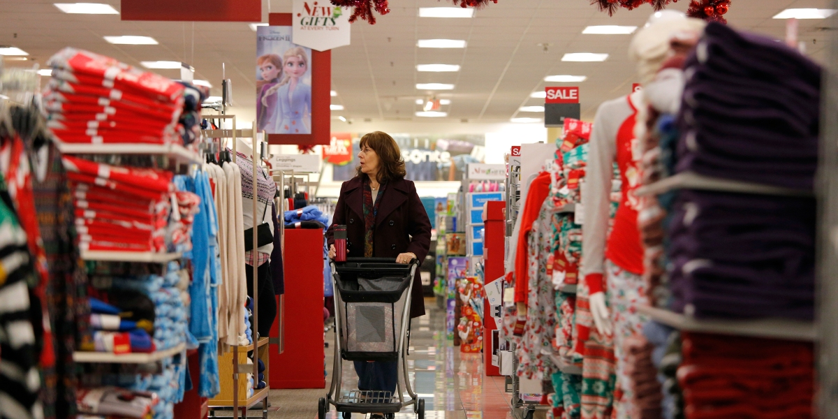 Weak Holiday Season For Macy's, Penney, and Kohl's Deepens Turnaround Doubts