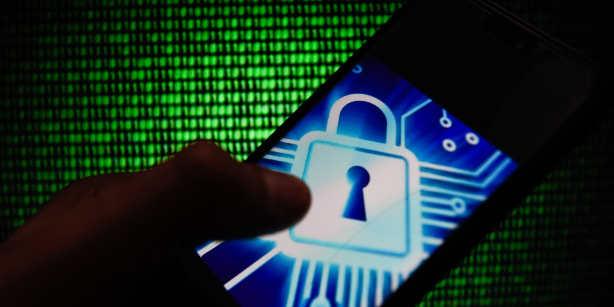 Vulnerability lets hackers impersonate LTE mobile device users, researchers say
