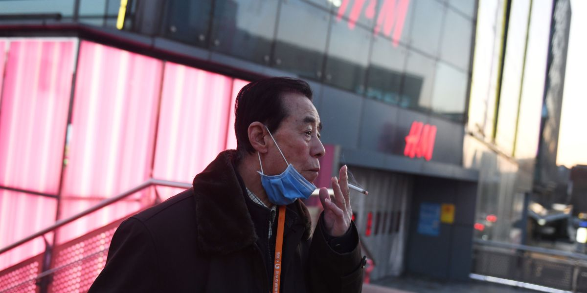 Is smoking fueling coronavirus deaths in Chinese men?