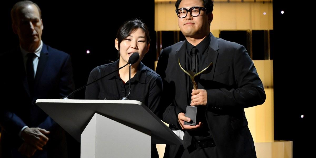 'Parasite' and 'Jojo Rabbit' take top Writers Guild Awards