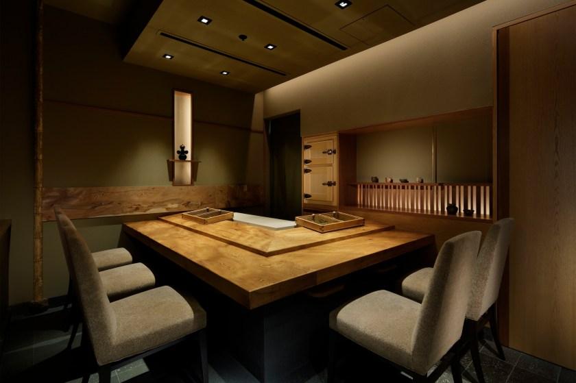 Japan S Sushi Maniac Finds New, Sushi Nakazawa Dining Room Vs Bar