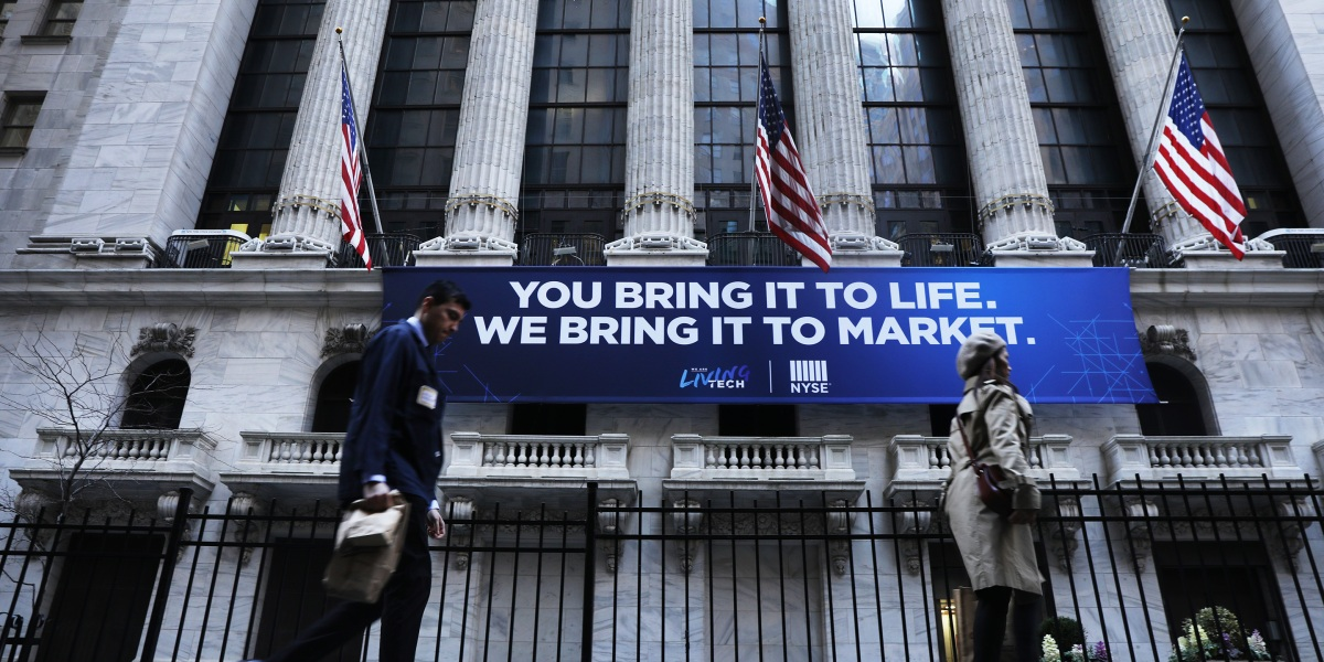 Morgan Stanley and Goldman Sachs declare global recession underway