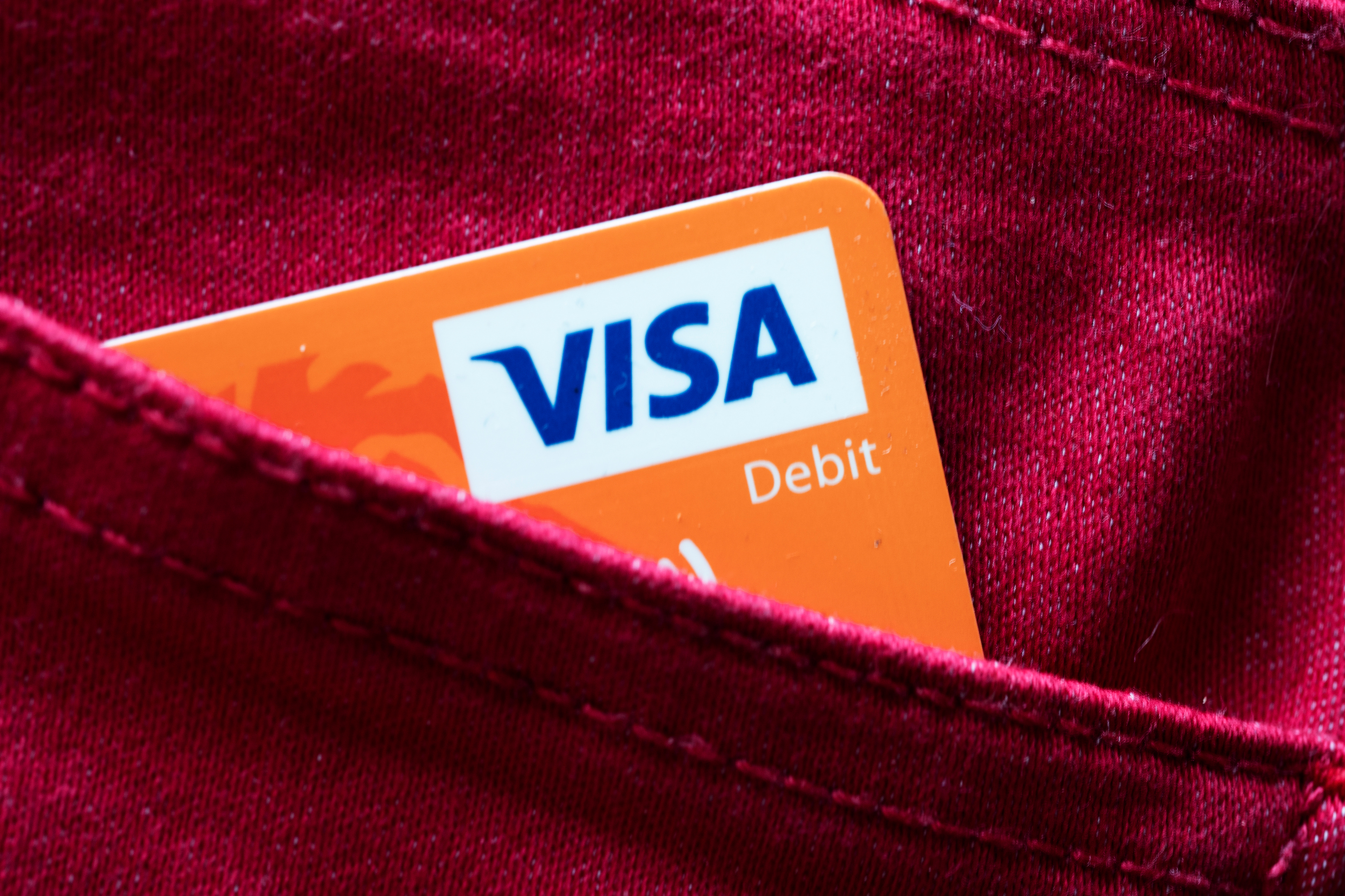 Visa's CEO on COVID-19's effects: 'We're doing very little hiring right now' thumbnail