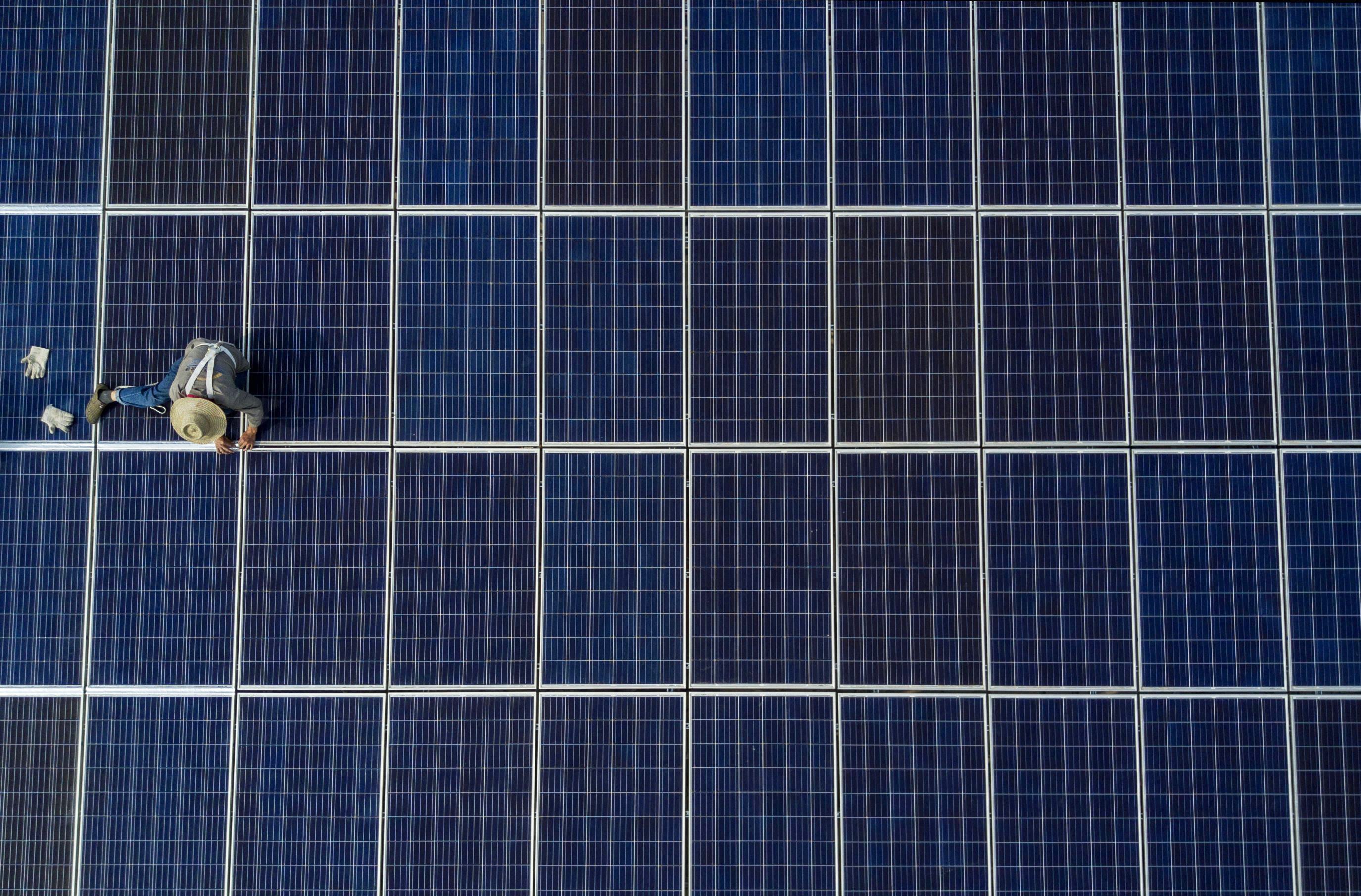 fortune.com - Eamon Barrett - The pandemic won't derail the green energy transition