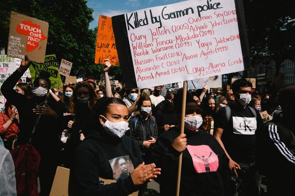 Black-Lives-Matter-Global-Protest
