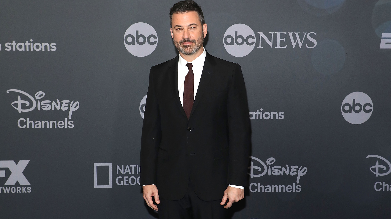 Jimmy Kimmel apologizes for blackface impressions of Karl Malone thumbnail