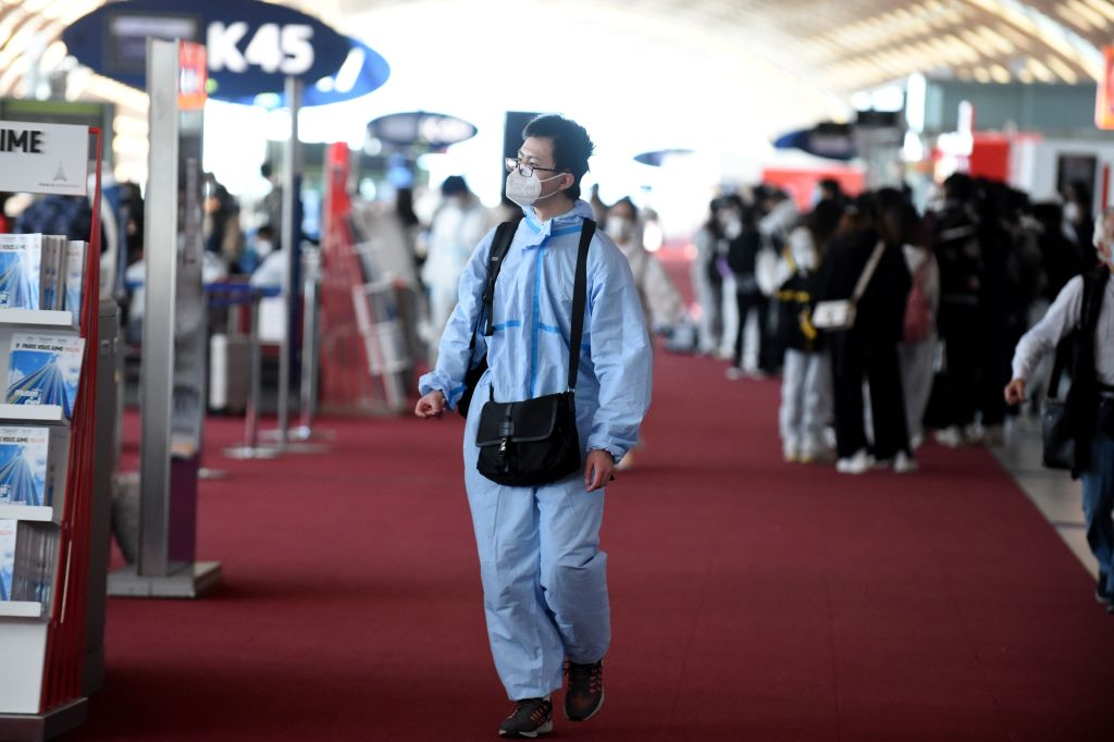 China's 'circuit-breaker' flight restrictions are triggered for the first time thumbnail