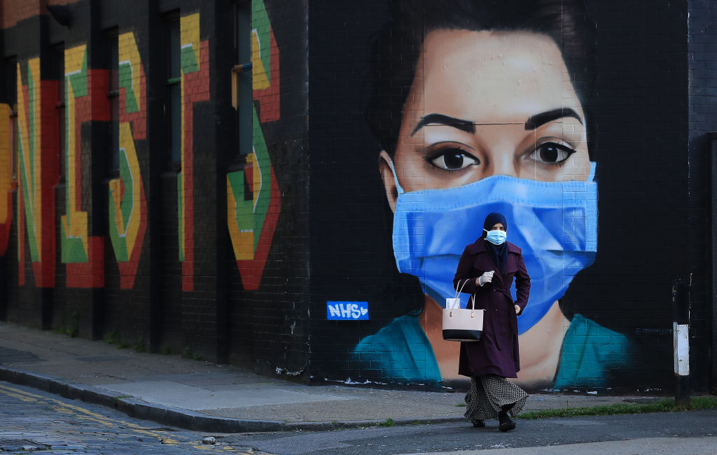 New research shows how face masks can stop second and third coronavirus waves thumbnail