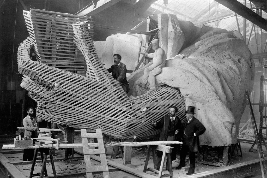 Bartholdi's Parisian warehouse construct a full scale model of the Statue of Liberty's left hand