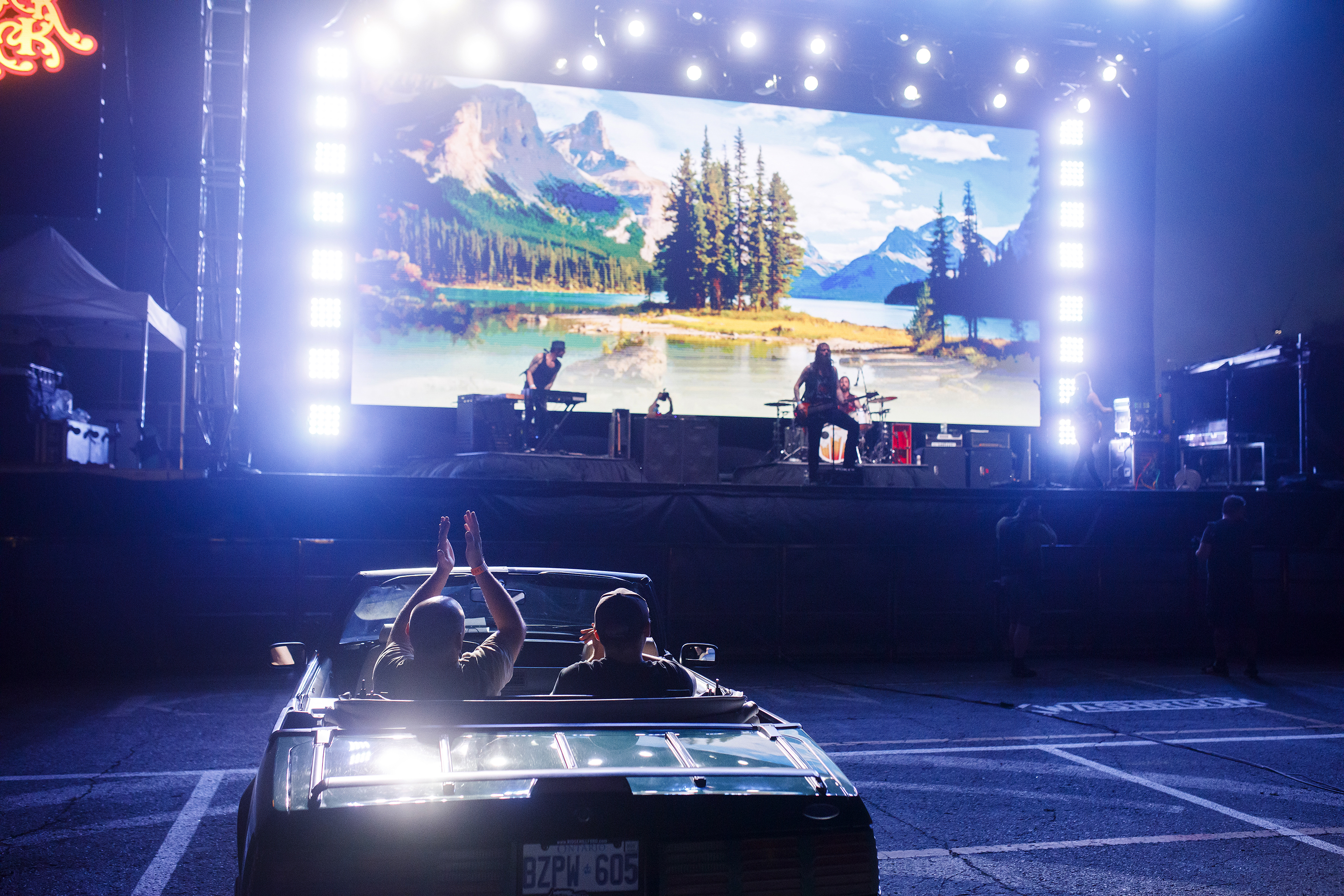 Photo essay: The drive-in sees a resurgence throughout the world thumbnail