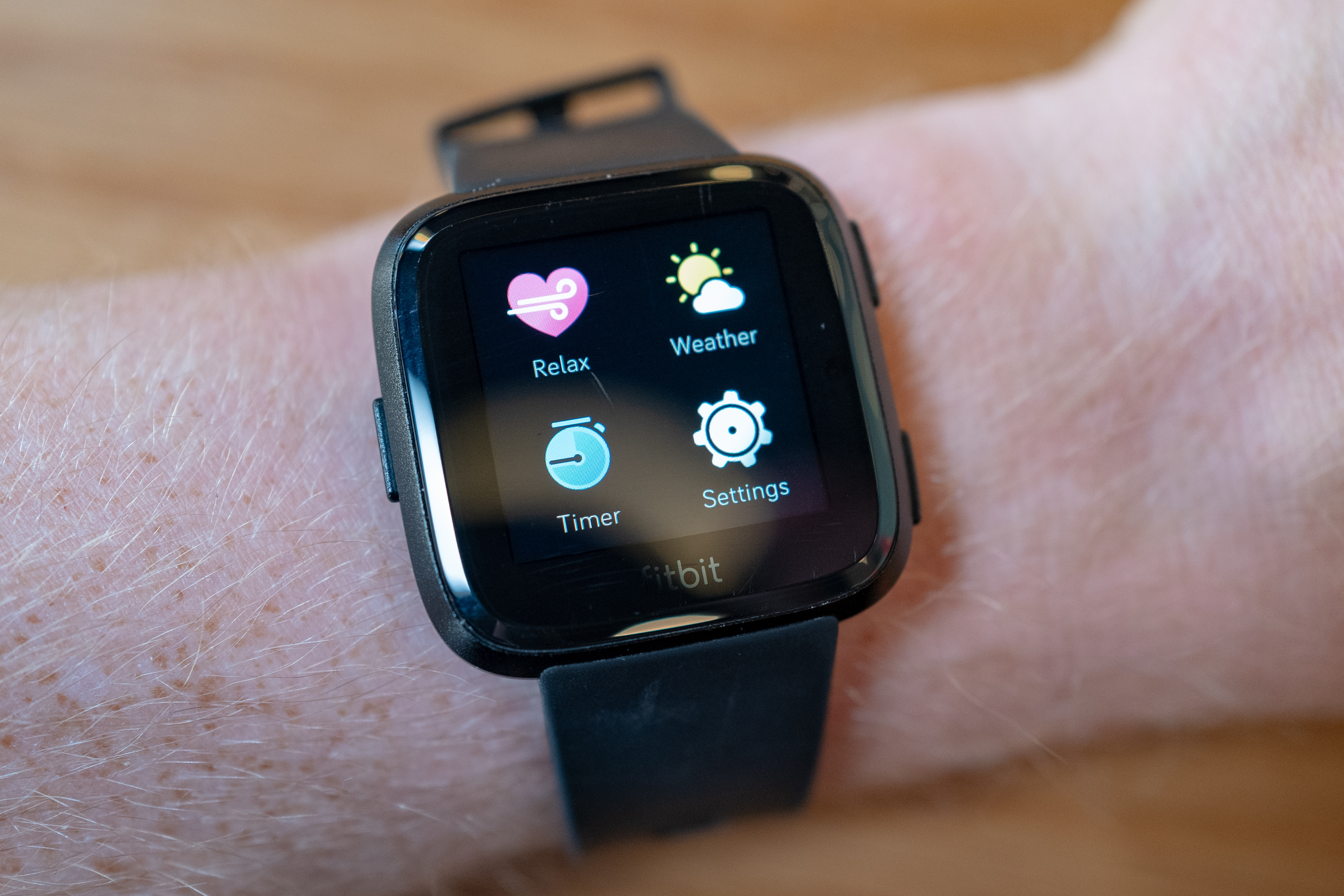 How Fitbit and other wearables can help detect the spread of COVID-19 thumbnail