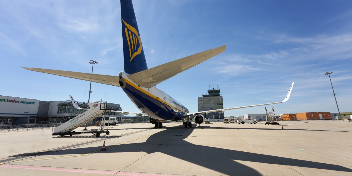 Ryanair is 'essentially' writing off its business until Europe can improve its COVID vaccine rollout