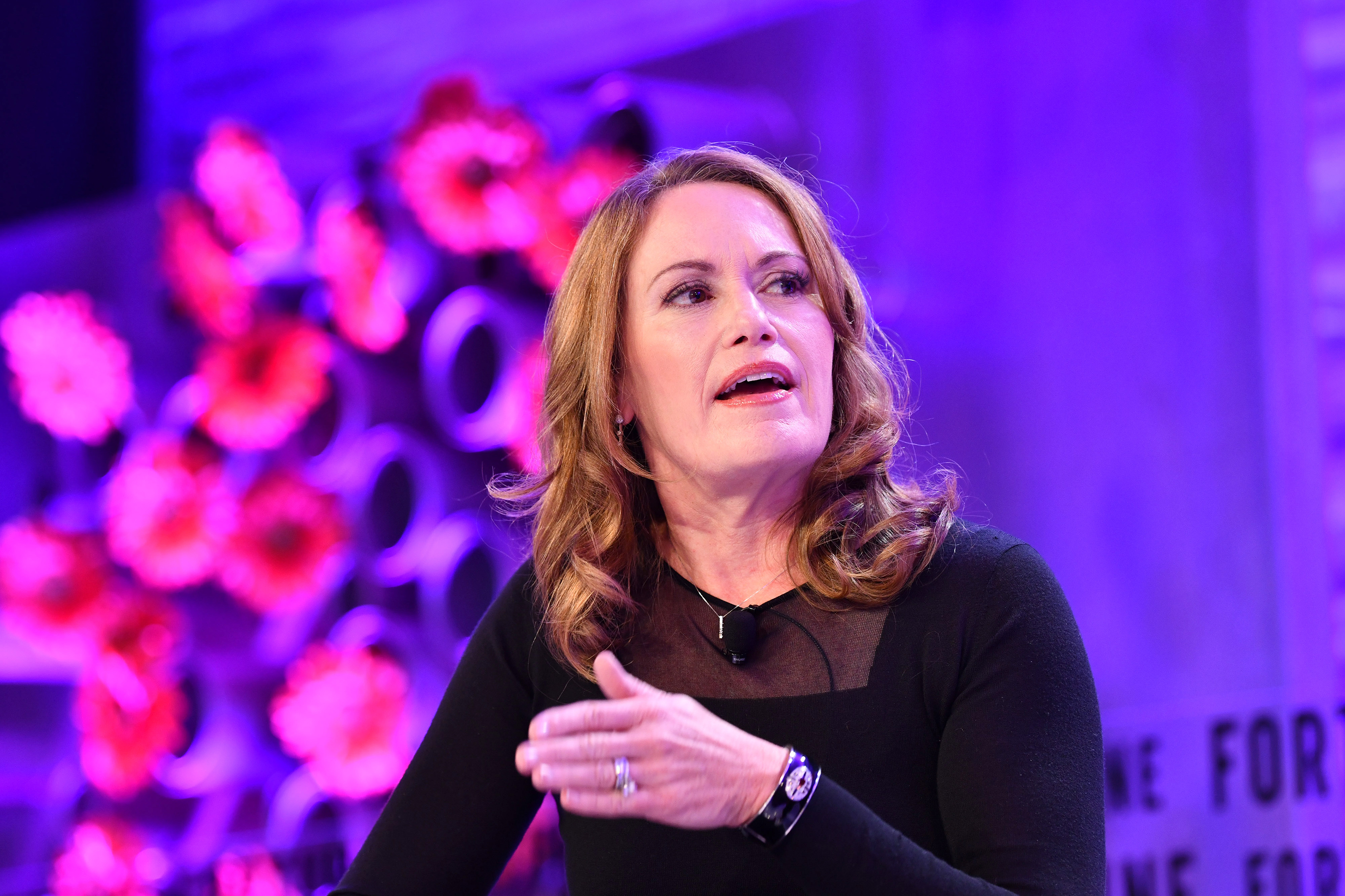 Magic Leap's Peggy Johnson long aspired to be a CEO. Too few women set that intention thumbnail