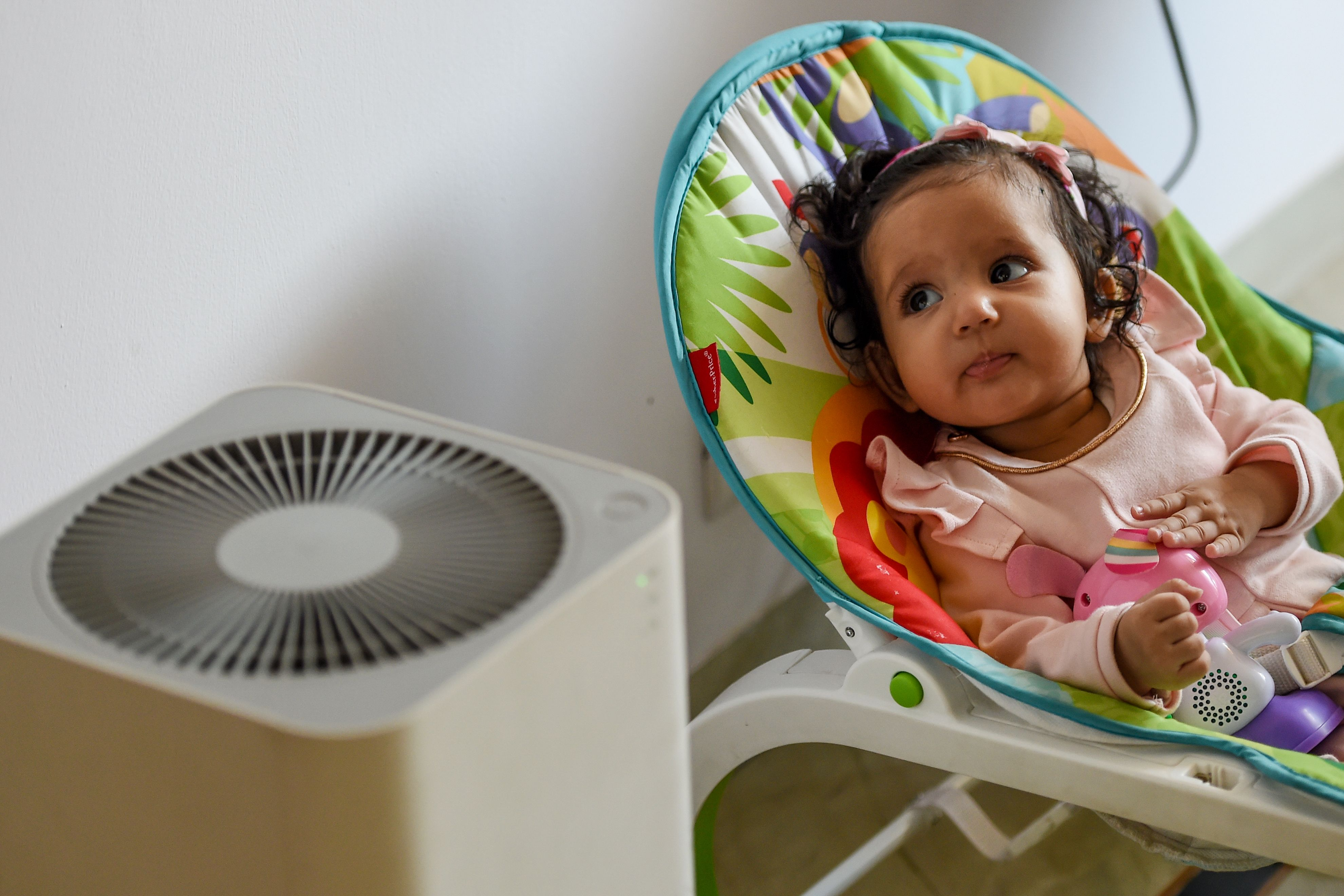 Can an air purifier help protect you from COVID-19? thumbnail