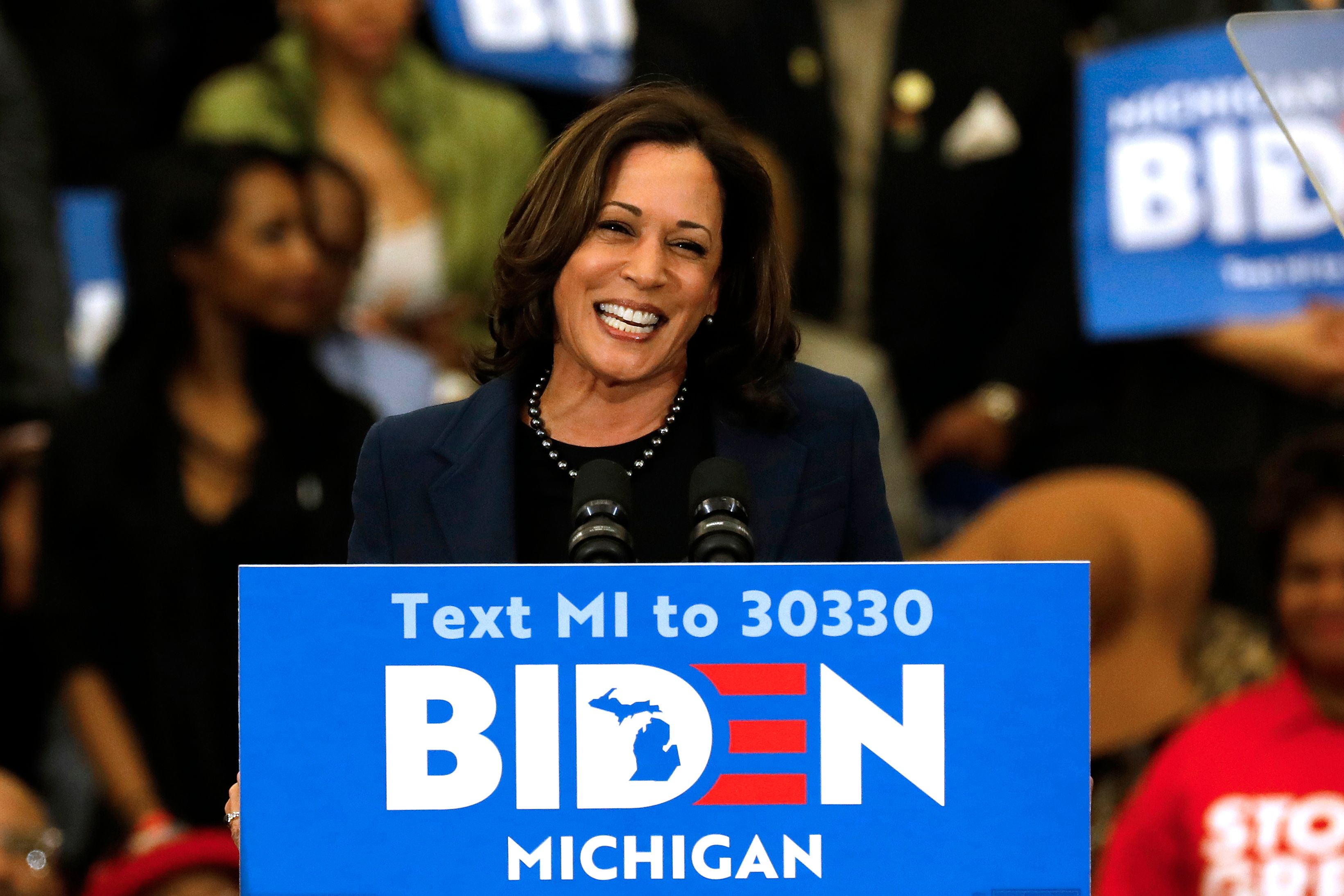 After protracted VP search, Joe Biden goes with 'fearless fighter' Kamala Harris thumbnail
