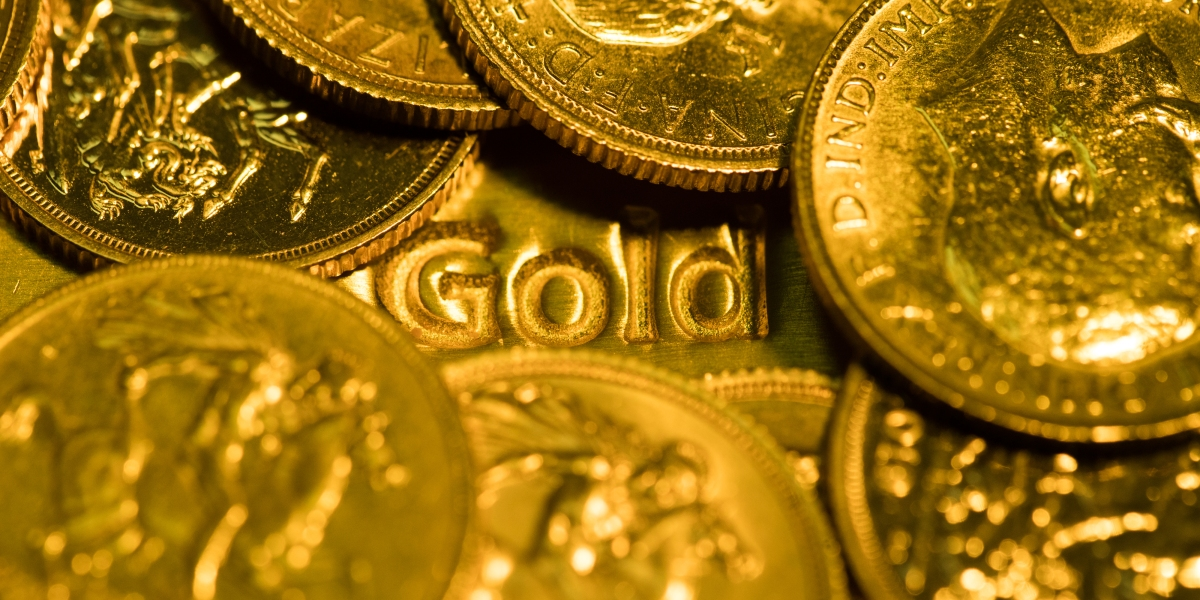 Gold takes a battering, but investors aren't losing faith