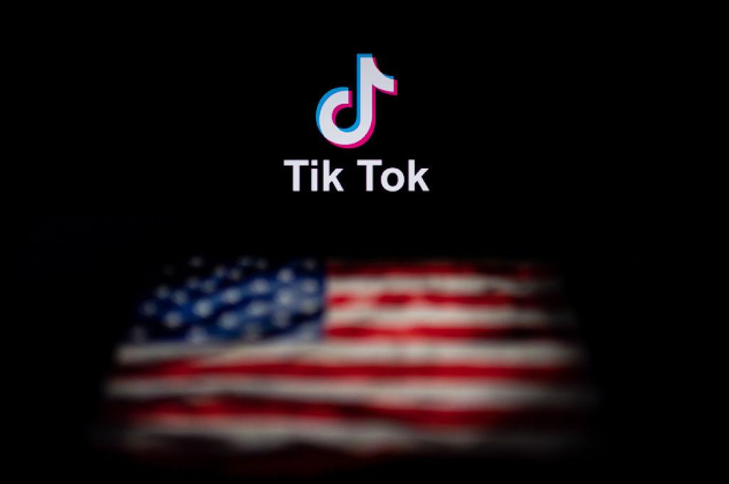 Trump suddenly turns against TikTok's delicate deal thumbnail