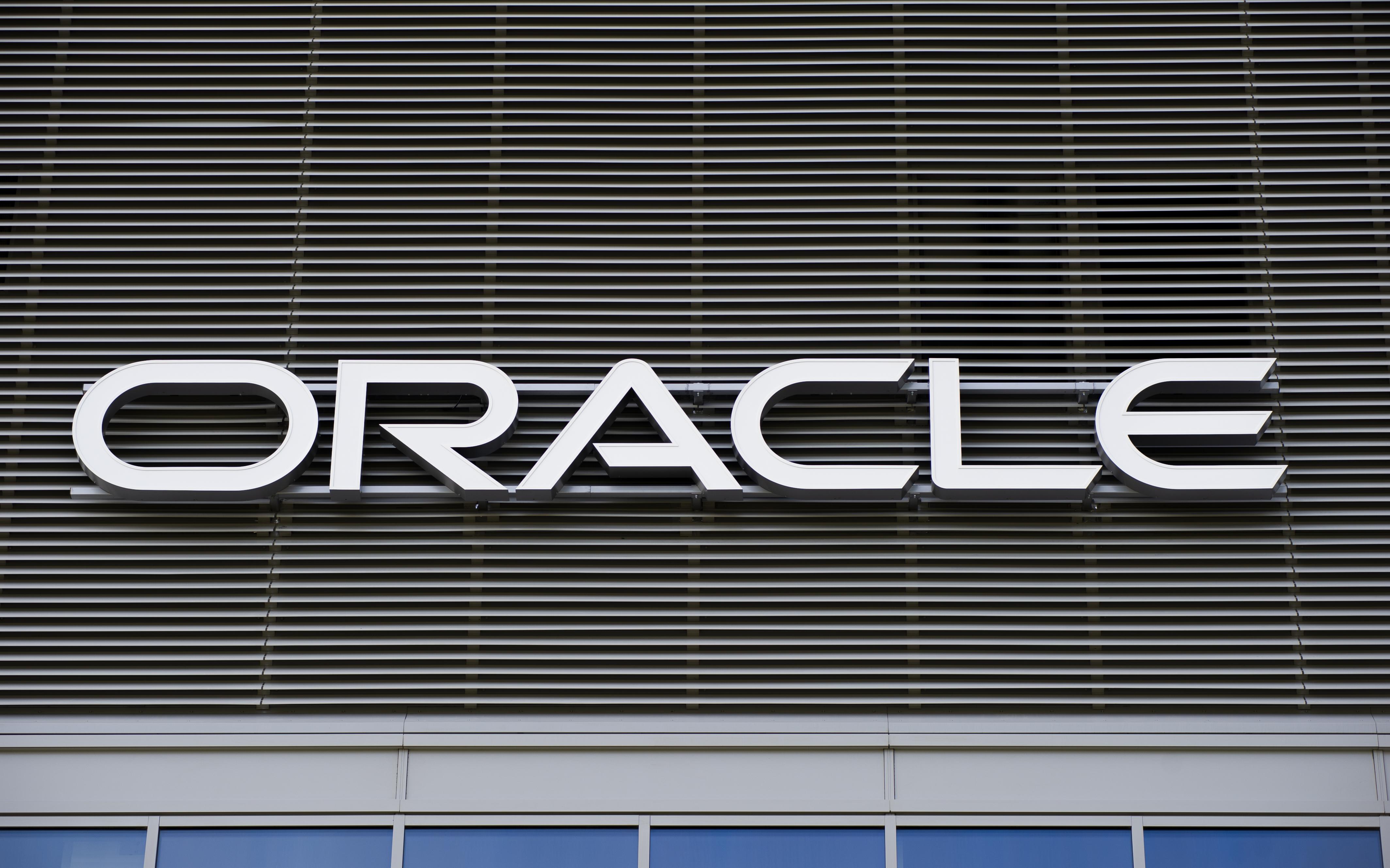 Trump approves TikTok deal involving Oracle, ending international standoff thumbnail