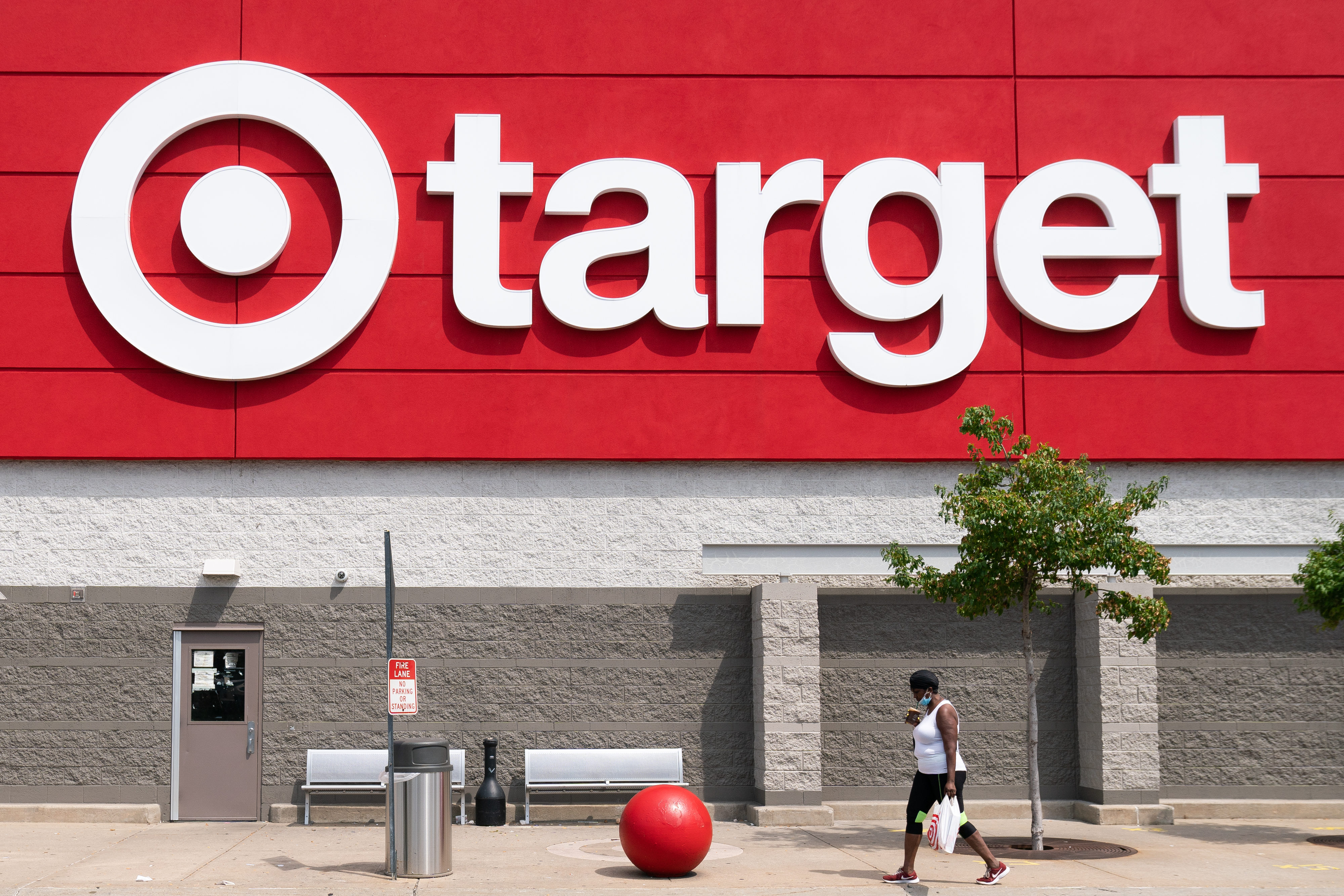 Target Will Open Hundreds Of Ulta Shops In Its Stores Fortune