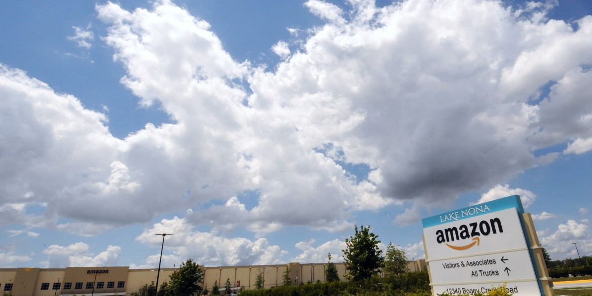 Commentary: Biden wants government to 'buy American.' Using Amazon could make that hard to do