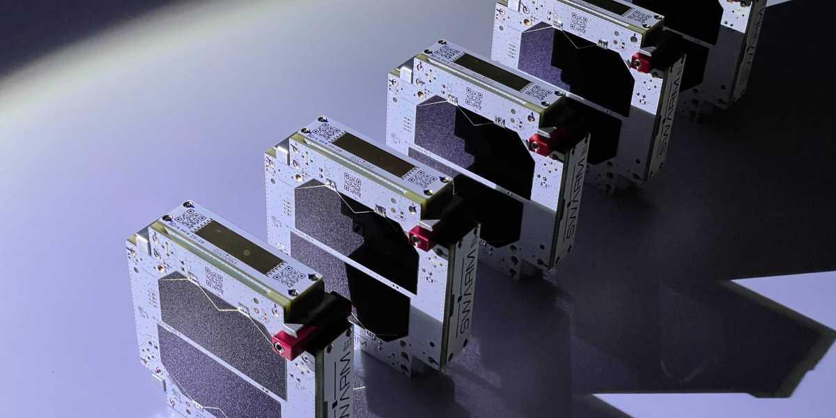 Satellite startup Swarm kicks off space-based Internet service