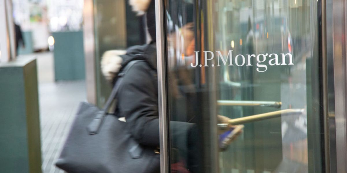 """To be """"chairman"""" and """"table"""": JP Morgan's statutes get gender-neutral update"""