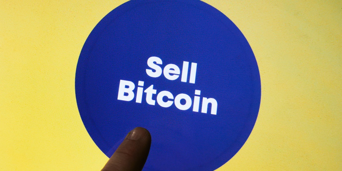 Bitcoin, Ethereum tank on Elon Musk's latest tweet storm—stocks open the week mixed