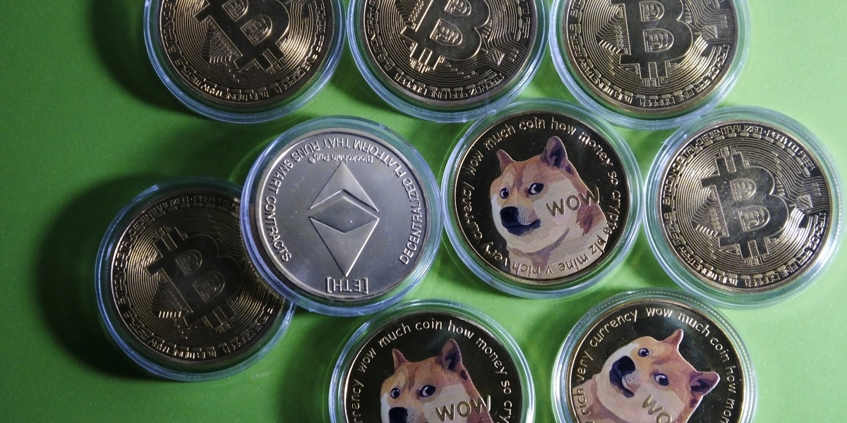 Bitcoin steady after Wednesday's drubbing-- Ethereum and Dogecoin sink again thumbnail