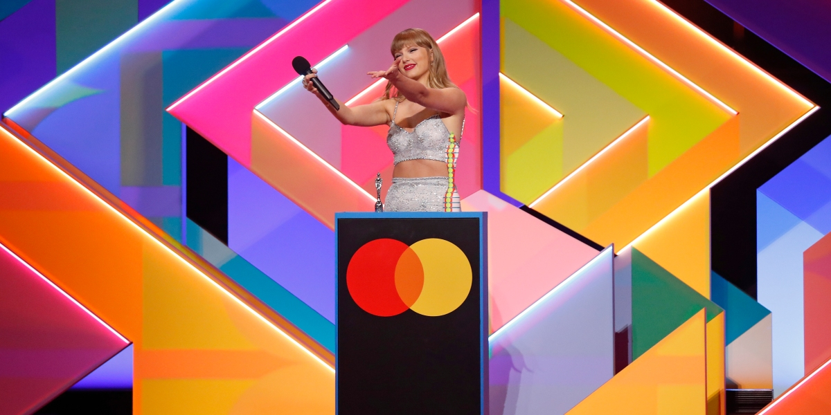 A Taylor Swift-inspired ode to Epic Games v. Apple thumbnail