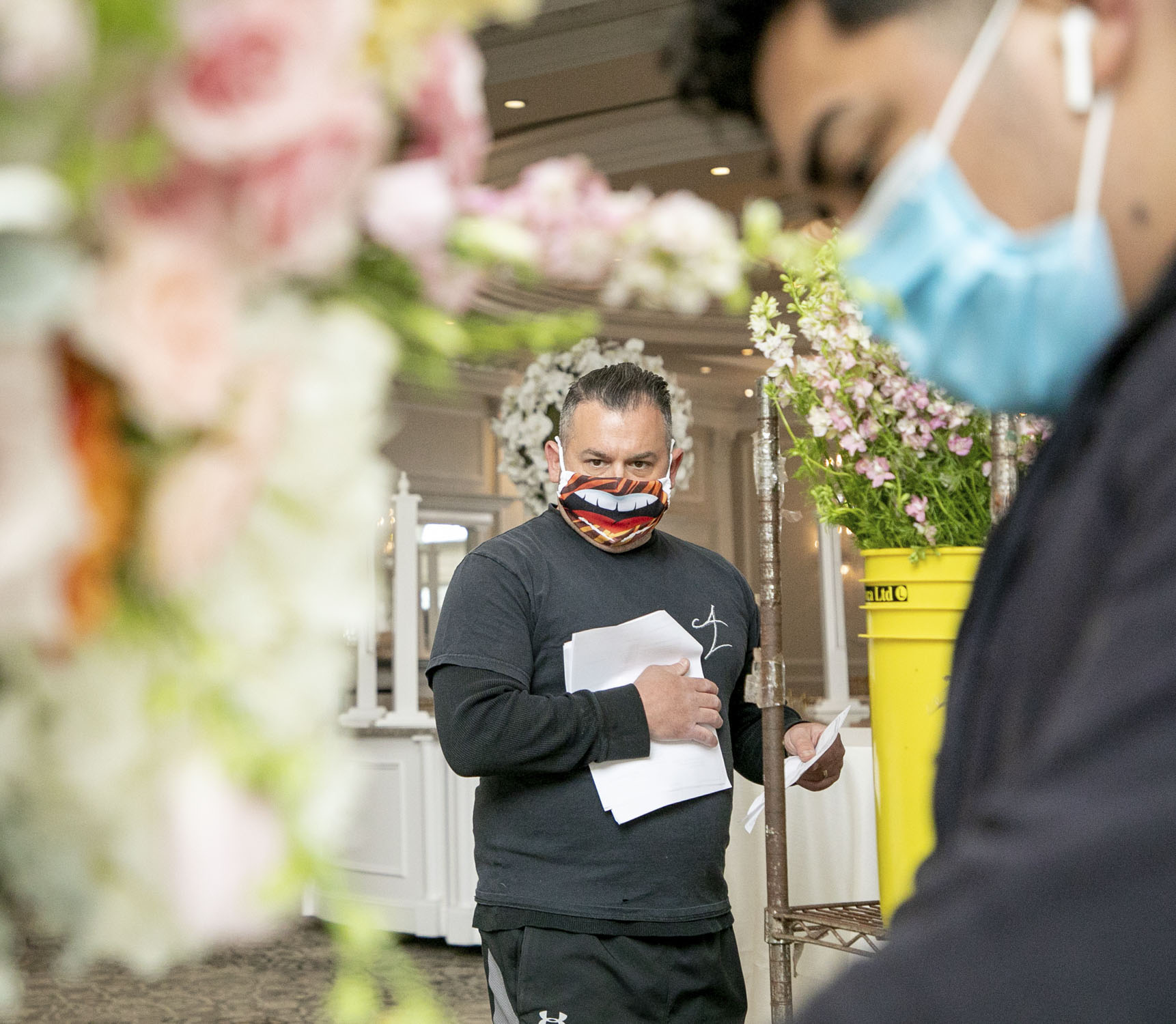 Love During a Pandemic: How to Plan a Wedding During COVID-19 – Cleveland  Clinic