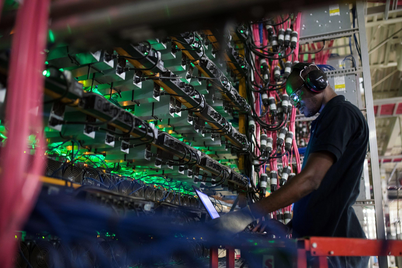 Krypto-Crackdown: Erste Bitcoin-Miner ziehen sich aus China zurück, Markt erholt sich