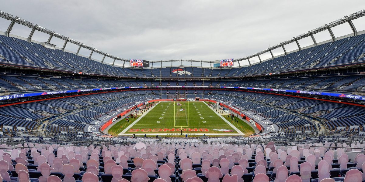 What the NFL's vaccination policy says about the inescapability of politics