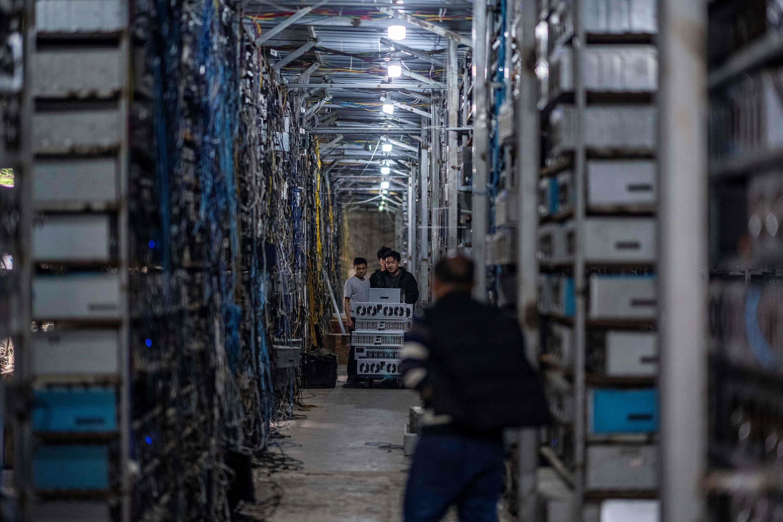 Bitcoin, i miners lasciano la Cina dopo la stretta del governo